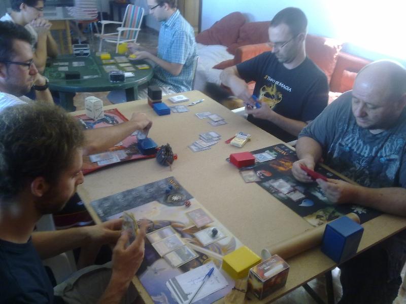 mesa-jugadores-torneo-vintage-granada-1