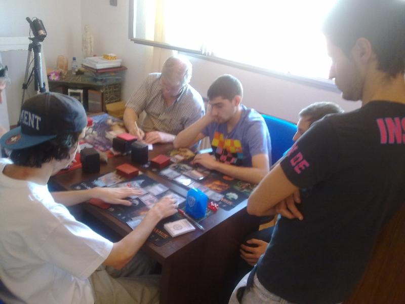 mesa-jugadores-torneo-vintage-granada-2