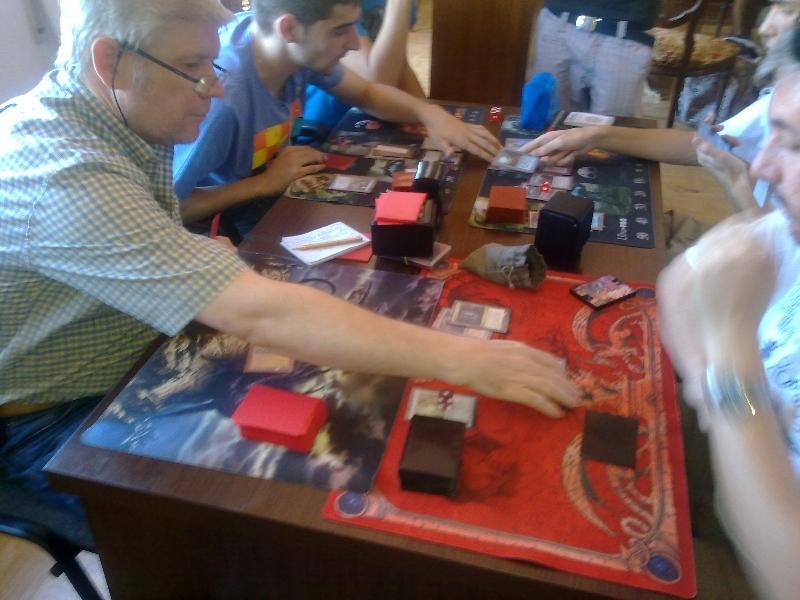mesa-jugadores-torneo-vintage-granada-3