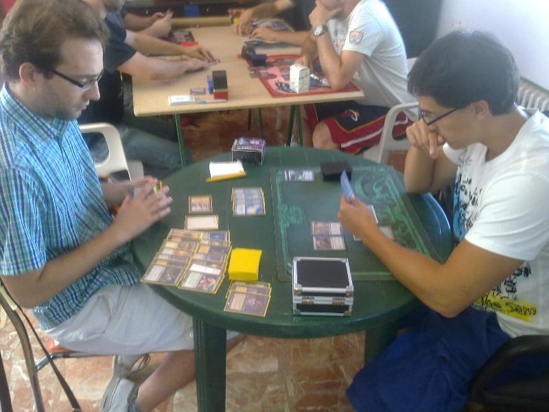 mesa-jugadores-torneo-vintage-granada-5